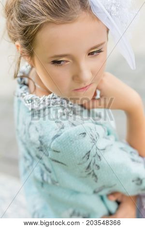 Pretty Brown-eyed Girl In A Pretty Vintage Dress