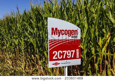 Indianapolis - Circa September 2017: Mycogen Seeds Signage in a corn field. Mycogen Seeds is a subsidiary of Dow AgroSciences and DowDuPont II
