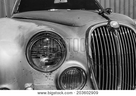 Indianapolis - Circa September 2017: Grille from a classic 60s Jaguar 3.8 S III