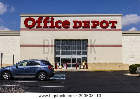 Indianapolis - Circa September 2017: Office Depot Strip Mall Location. Office Depot has combined annual sales of approximately $11 billion VI