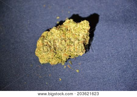 King Louie OG is a high thc indica strain used medically to treat insomnia