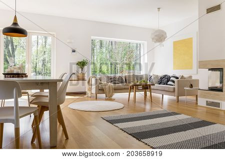 Monochromatic Striped Carpet