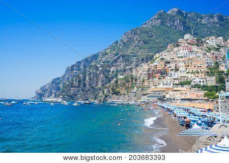 Sea and beach of Positano - famous old italian resort, Italy