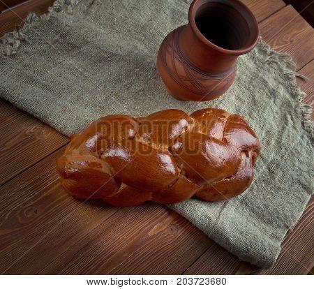 Russian Cream Roll Pletenka