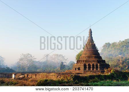 Mrauk U (small Bagan) the ancient Rakhaing capital. Htuparyon Paya temple in Mrauk U. Myanmar (Burma)