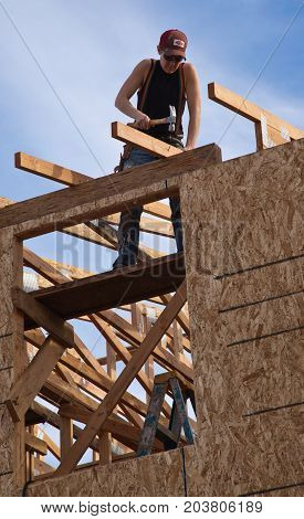 Man Builds Roof For Home For Habitat For Humanity
