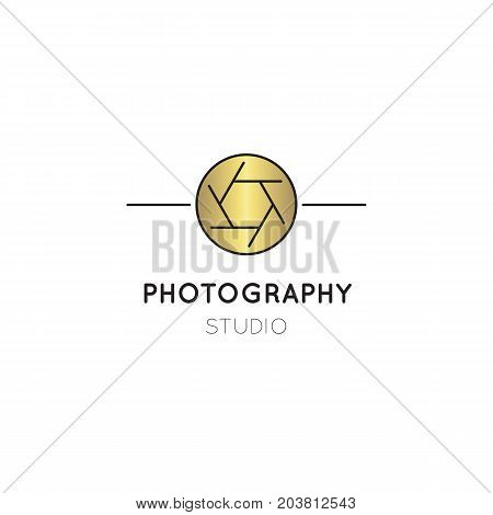 Vector thin line icon, camera shutter silhouette. Logo template illustration for photographer, photography studio, shop or school. Isolated symbol. Simple mono linear modern design with golden foil.