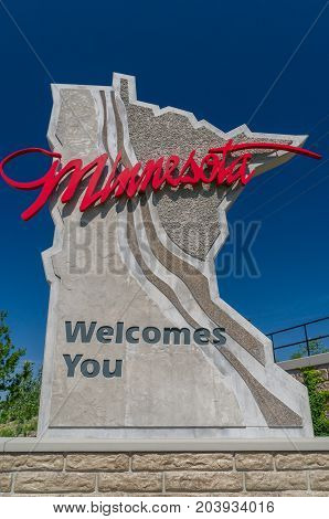 Minnesota Roadway Entrance Sign