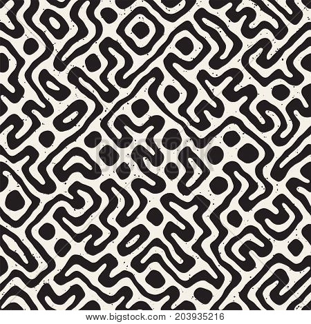 Seamless pattern with maze lines. Monochrome abstract grungy background. Vector hand drawn labyrinth.