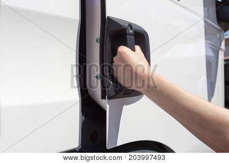 open door truck with hand hand open door truck