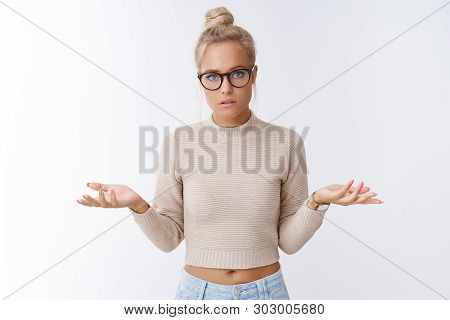 Girl Wants Discuss Make Things Clear Standing Serious And Focused Spread Hands Sideways In Dismay, C