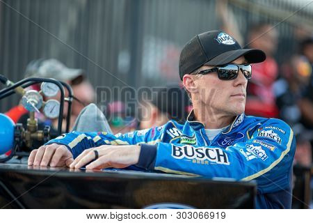 May 17, 2019 - Concord, North Carolina, USA: Kevin Harvick (4) gets ready to qualify for the Monster Energy All-Star Race at Charlotte Motor Speedway in Concord, North Carolina.