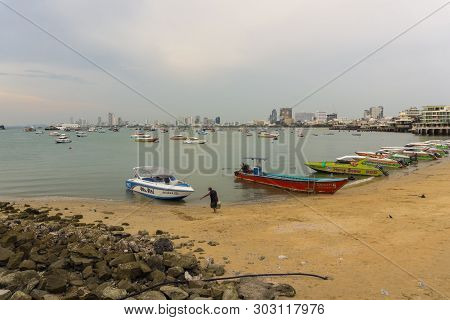 Pattaya,thailand - April 14,2019: Bali Hai(beach) This Is A Harbor Where Tourists Starting Trips To