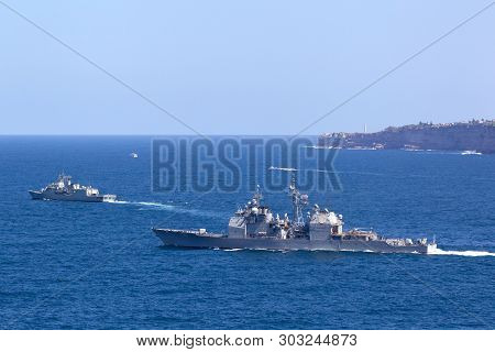 Sydney, Australia - October 11, 2013: Uss Chosin (cg-65) Ticonderoga-class Guided-missile Cruiser An