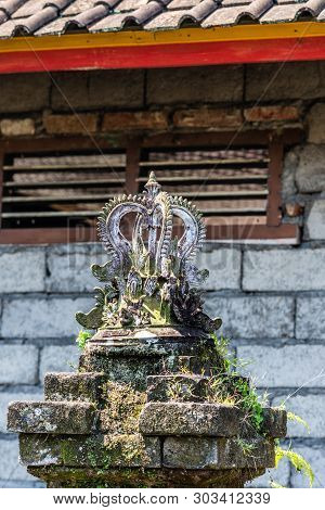 Dusun Ambengan, Bali, Indonesia - February 25, 2019: Clan Compound. Closeup Of Crown-like Top Of Pil