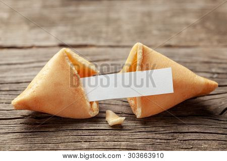 Chinese Fortune Cookies. Cookies With Empty Blank Inside For Prediction Words. Background Of Old Woo