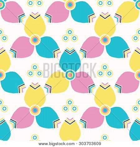 Bright Summer Geo Flower Bloom Seamless Vector Pattern. Stylized Geometric Floral All Over Print. Pr