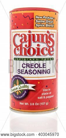 Winneconne, Wi -9 January 2021: A Package Of Package Of Cajuns Choice Creole Seasoning On An Isolate