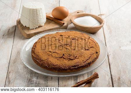ricotta cake with cocoa and cinnamon