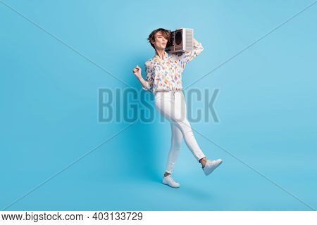 Full Length Photo Of Young Attractive Girl Enjoy Music Boombox Dance Disco Discotheque Isolated Over