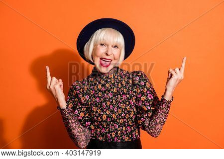 Photo Portrait Of Crazy Rude Old Lady Demonstrating Fucking Sign Gesture In Stylish Clothes Isolated