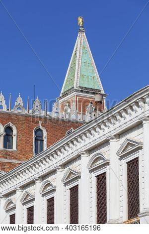 Venice, Italy-september 22, 2017 : St Mark's Campanile (campanile Di San Marco) And Doge's Palace (