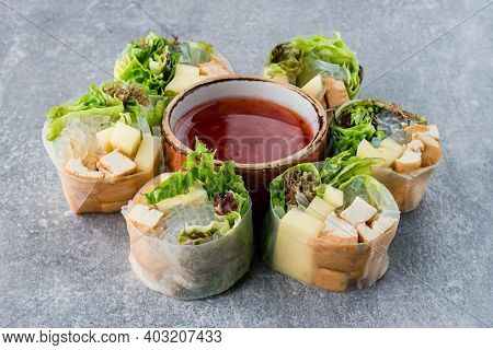 Food - Vietnam Springroll, Vietnamese Asian Spring Rolls Or Rice Paper Rolls With Glass Noodles