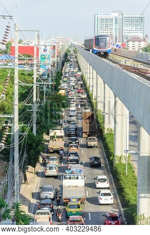 Bangkok,thailand - 19 Decemmber, 2020: Top View Of Sky Train On Rail Going To Tao Poon Station