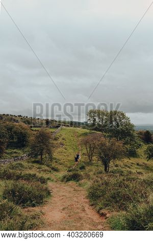 Cheddar Gorge, Uk - July 26, 2020: People Walking On A Path On Top Of Cheddar Gorge, A Famous Limest