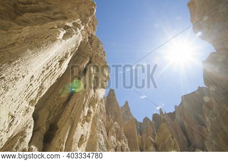 Sun Bursts Into Clay Cliffs Of Omarama Amazing Sedimentary Clay Pinnacles That Attract Tourists And