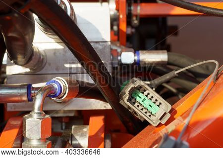Plug For Connecting The Power Supply Of An Agricultural Seeder.