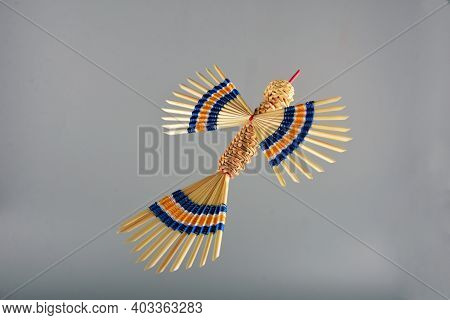Colorful Birds Are Beautifully Made Of Straw And Threads.