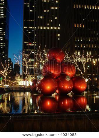 Christmas Lights And Decorations New York City