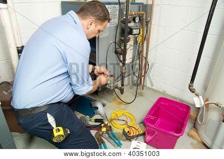 Forno a gás de fixação encanador