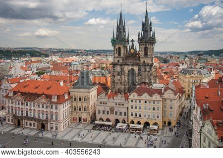 Praha, Czech Republic - Juli 21, 2009: View From Tower Old Town Hall At Church Of Our Lady With Two