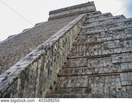 El Castillo, Among The Ancient Mayan Ruins Of Chichen Itza In The Yucatan Of Mexico.