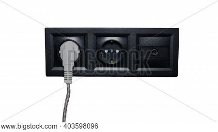 Black Socket, Antenna Socket, Antenna Adapter, Triple Grounded Socket. Electric Plug.