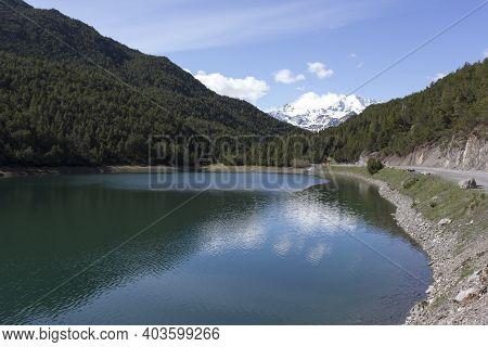 View Of The Beautiful Lago Scale Close To Bormio