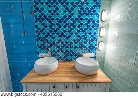 Moscow, Russia - September 23, 2020: Interior Of The Bathroom In The Luxury Rich Apartments.