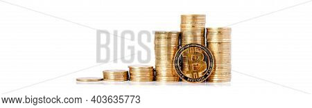 Histograma Of Coins And Bitcoin On The White Background. Concept Of Currency Growth, Savings