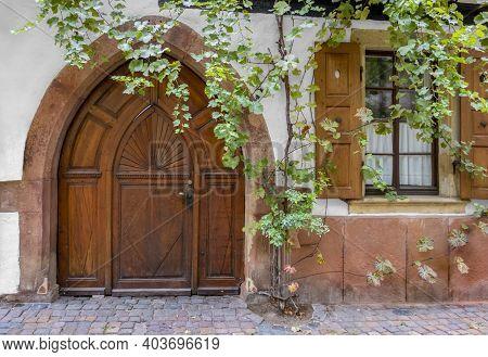 Historic Wooden Door In Neustadt An Der Weinstraße, A Town In The Rhineland-palatinate In Germany