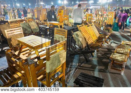 Kolkata, West Bengal, India - 31st December 2018 : Wooden Furnitures, Artworks Of Handicraft, On Dis