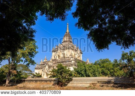 Shwedagon Pagoda With Lake Reflection At Night, Yangon,myanmar