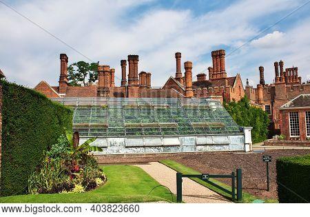 Hampton Cort, Uk - 08 Aug 2013: The Royal Castle Hampton Court, England, Uk