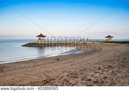 The Coast Of Indian Ocean On Resort Sanur Of Island Bali, Indonesia