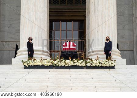 Washington Dc Usa 9-24-20, Scene In Front Of The Supreme Court, Where Justice Ruth Bader Ginsburgs C