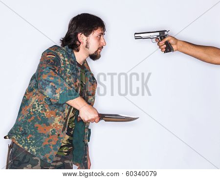 Fighting With Dagger And Gun