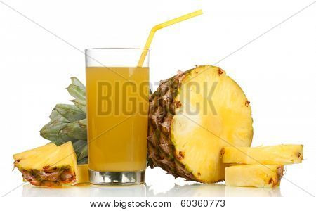 ��ineapple juice and pineapple isolated on white