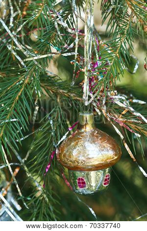 Yellow Glass Home Christmas Decoration