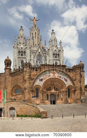 Expiatory Church of the Sacred Heart of Jesus